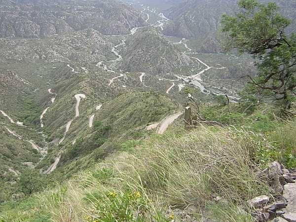 1115136545_009_dia_2_descenso_cuesta_de_la_chilca_rumbo_a_andalgala