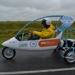 Realizan un viaje experimental en un vehículo que funciona con energía no contaminante