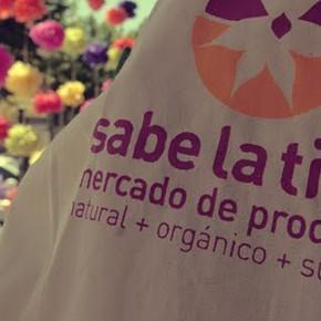 Jardín orgánico en el mercado Sabe la Tierra